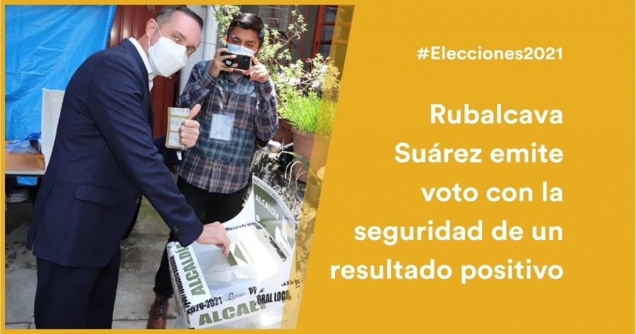 """La democracia la hacemos todos"": Adrián Rubalcava vota en Cuajimalpa"