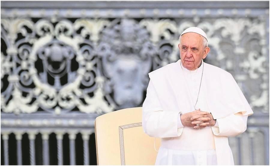 Pide Papa Francisco esclarecer caso de cuerpos de niños indígenas hallados en Canadá