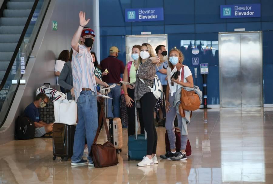 Reduce EEUU alerta de viaje a México