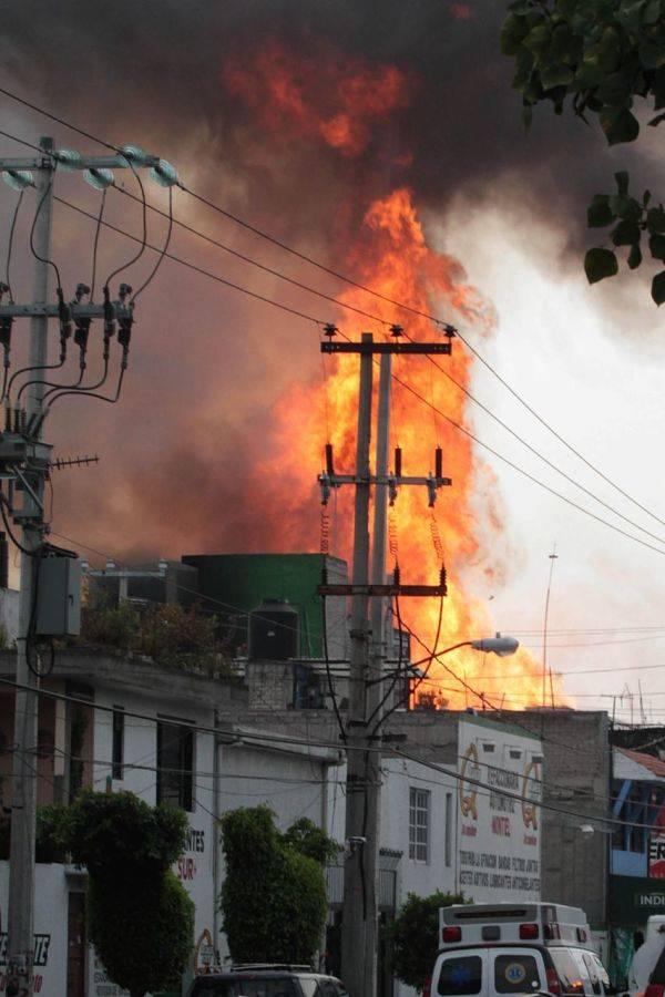 Se incendia fábrica textil en la alcaldía Benito Juárez