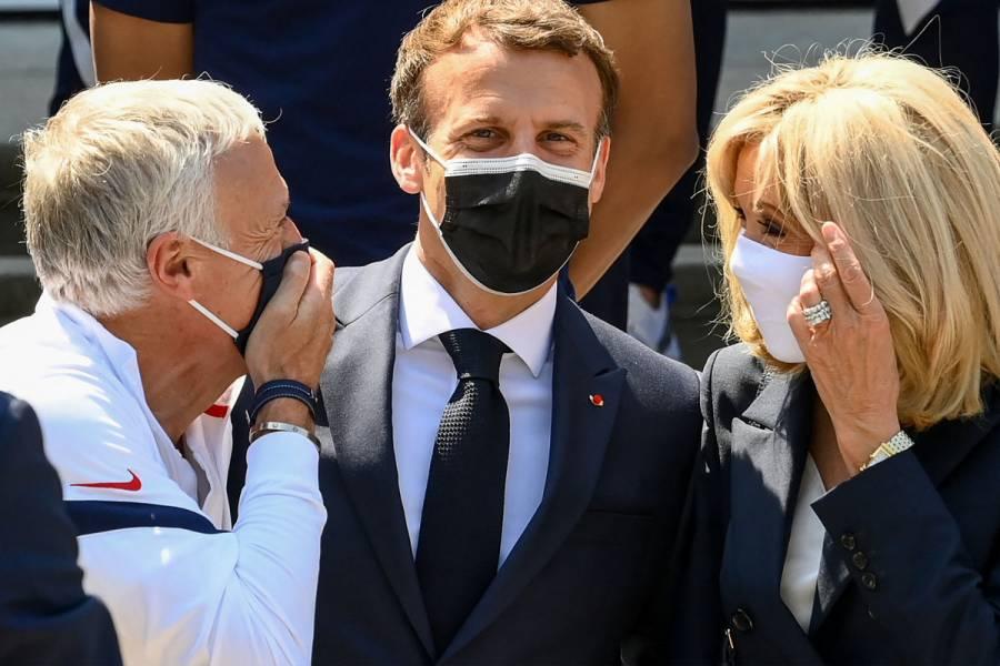 El hombre que abofeteó a Emmanuel Macron comparece ante el juez con riesgo de cárcel