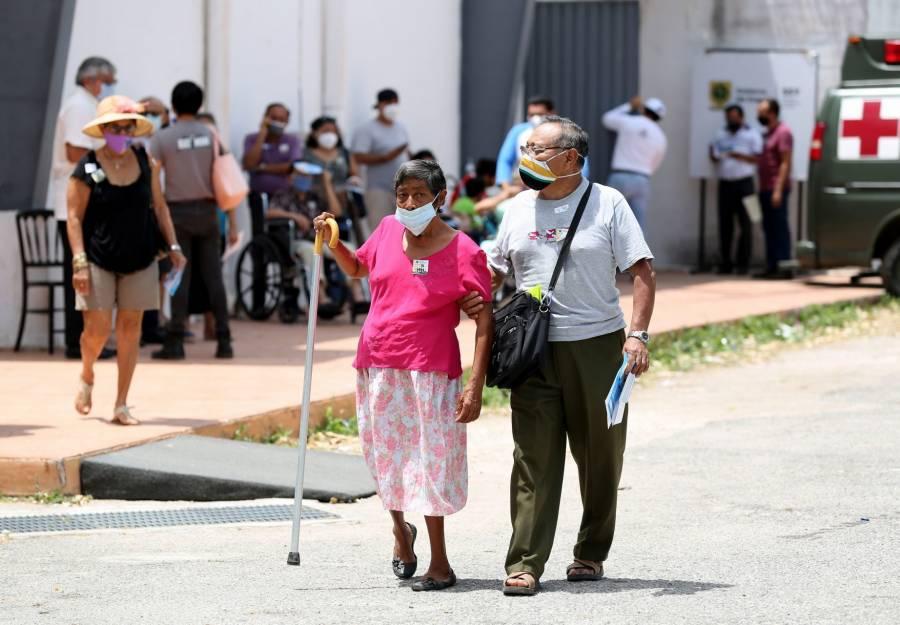 Anuncia AMLO incremento de 15% en pensión de adultos mayores
