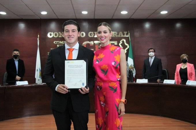 Recibe Samuel García constancia de mayoría como gobernador de Nuevo León