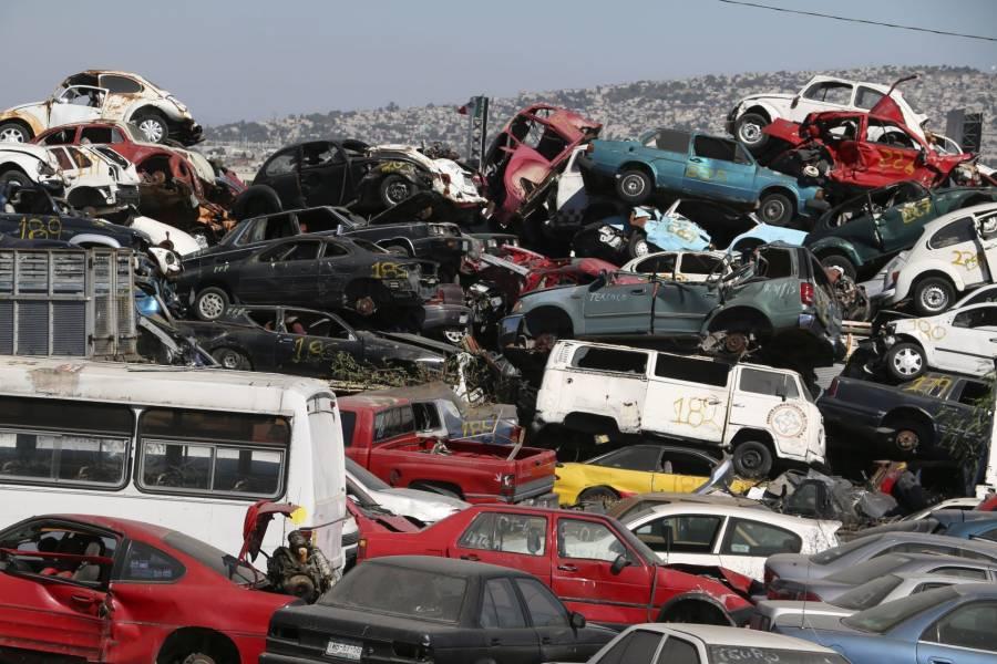 Semovi: autos abandonados en corralones, serán chatarrizados