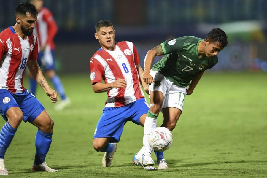 Paraguay remonta y vence 3-1 a Bolivia