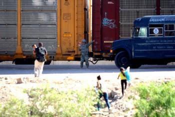 """Anuncia Trump visita a la frontera """"sin ley"""" México-EEUU"""