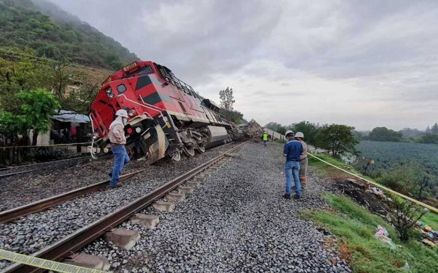 Se descarrila tren; acusan intencionalidad