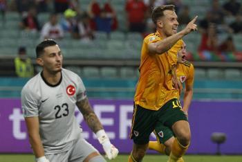 Tras vencer a Turquía, Gales tiene pie y medio en octavos de final