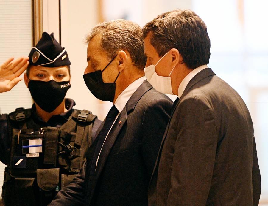 Fiscalía francesa pide cárcel de un año contra expresidente Sarkozy