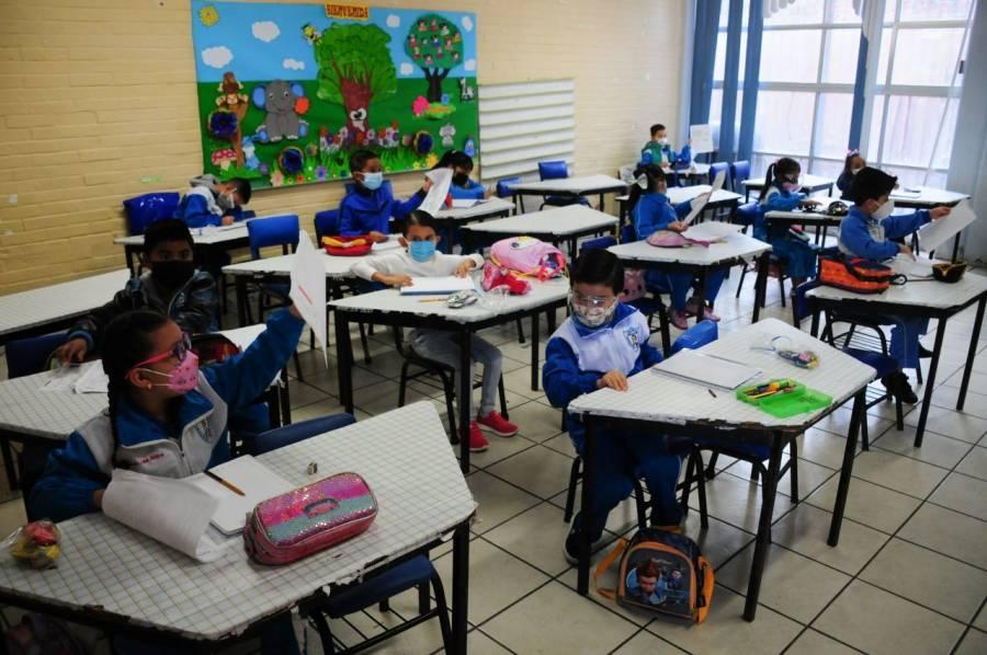 Con semáforo verde, Nuevo León iniciaría el nuevo ciclo escolar presencialmente