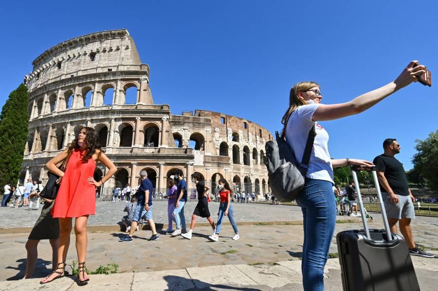Italia registra 881 casos de Covid-19 y 17 decesos
