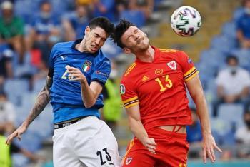 Gales acompaña a octavos a una Italia de récord en la Eurocopa