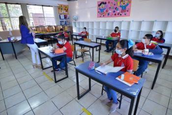 Escuelas de CDMX decidirán si continúan con clases presenciales