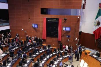 Senado inaugura Muro de Honor con la inscripción del poeta Ramón López Velarde