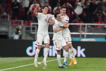 Eurocopa: Dinamarca golea a Rusia para clasificar a octavos de final