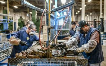 Al alza empleo manufacturero en abril: Inegi