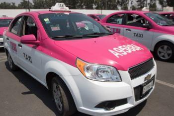 CDMX entregará 95 mil pesos a taxistas para modernizar su unidad