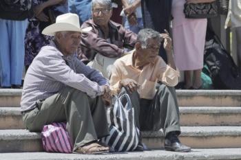 Pensión para adultos mayores aumenta a 3 mil 100 pesos