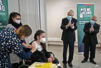 Chile comienza la vacunación contra covid-19 de menores entre 12 y 17 años
