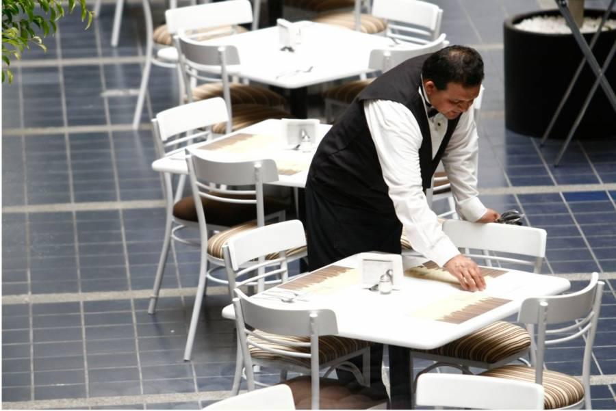 Todavía no se recuperan empleos en sector servicios: INEGI