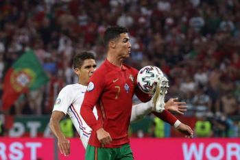 Francia, como primera de grupo, y Portugal van a octavos de Eurocopa tras empate