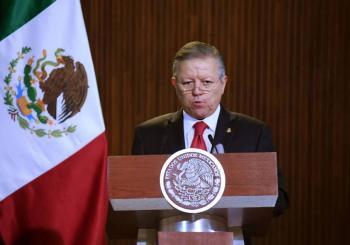 Juez admite amparo contra ampliación de mandato de Arturo Zaldívar