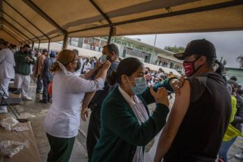 En México, aumentan casi 5 mil los nuevos casos de coronavirus y se suman 342 fallecidos