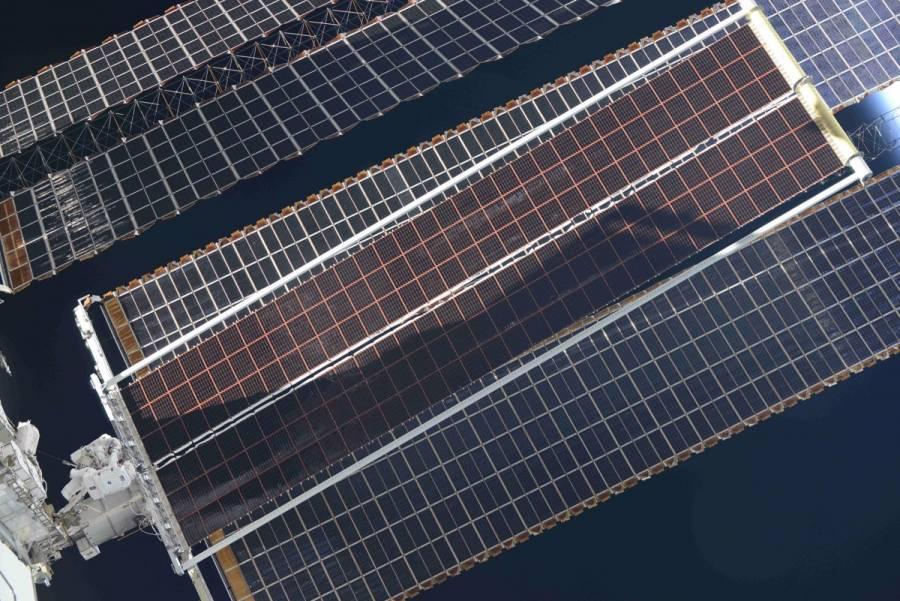 Thomas Pesquet realizó una exitosa instalación de un nuevo panel solar