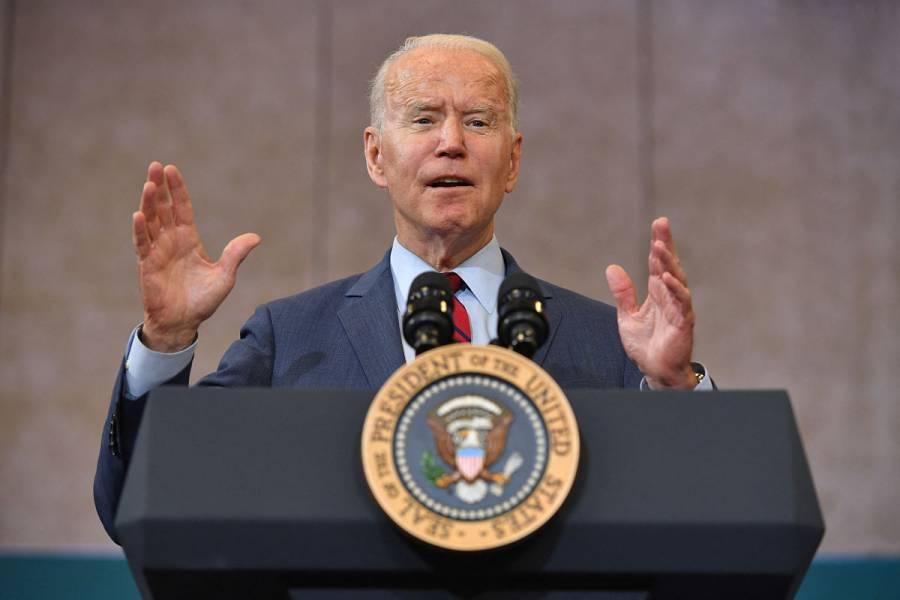 Joe Biden se reúne con el presidente afgano para hablar del repliegue de EEUU