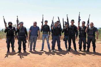 Desconfía AMLO de grupos de autodefensas en Michoacán