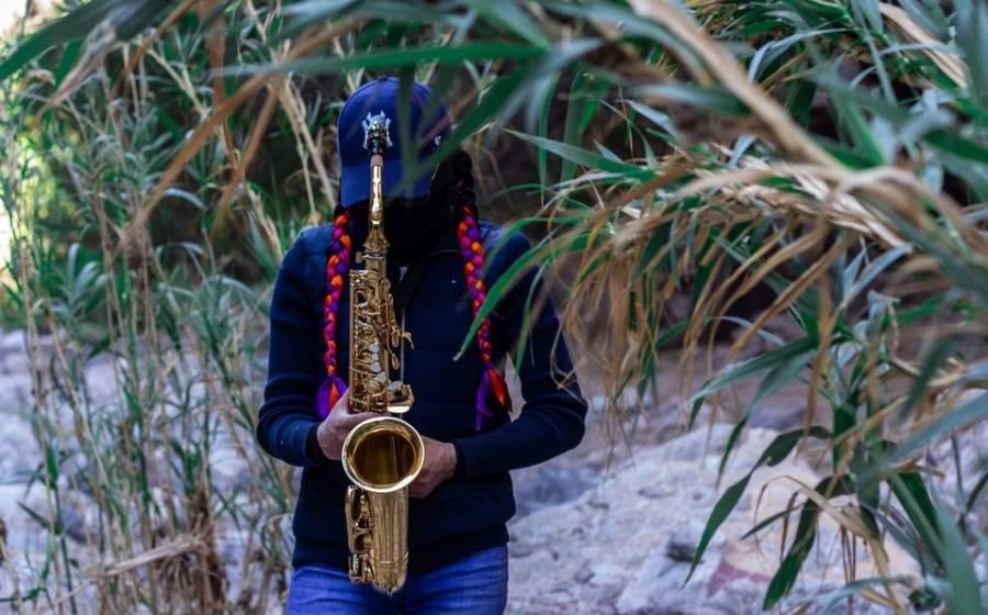 Liberan orden de aprehensión contra hijo de exdiputado por ataque a saxofonista en Oaxaca