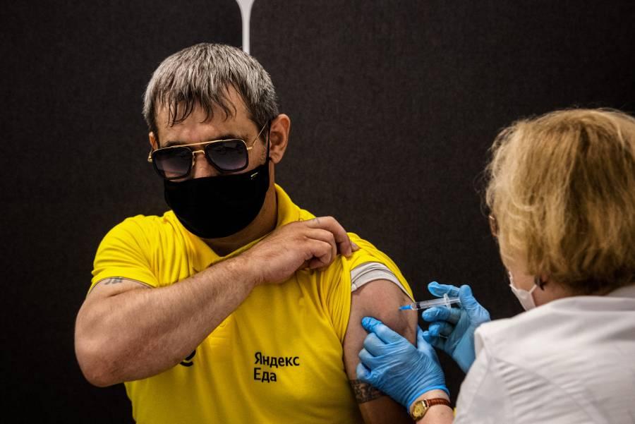 OMS no ha validado vacunas de Sputnik V CanSino para uso de emergencia