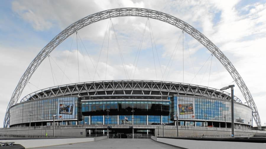 Piden a UEFA reconsiderar final de Eurocopa en Wembley