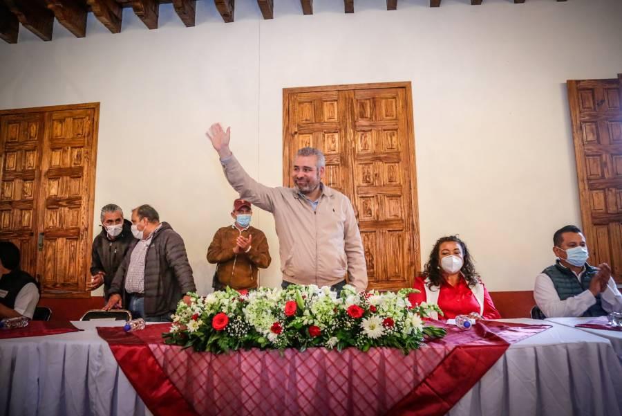 Gobernador electo de Michoacán, positivo a Covid-19