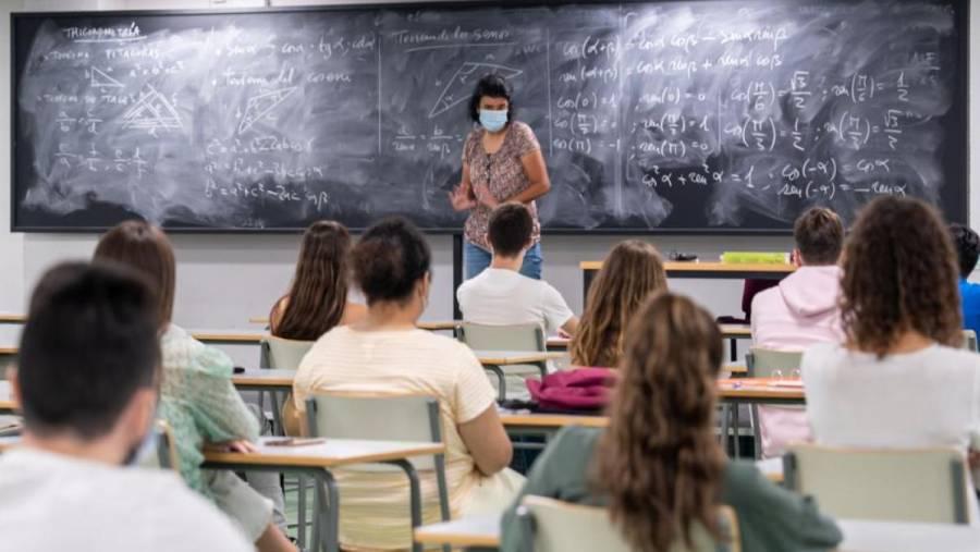 Invalida Corte dos capítulos de ley de educación de AMLO