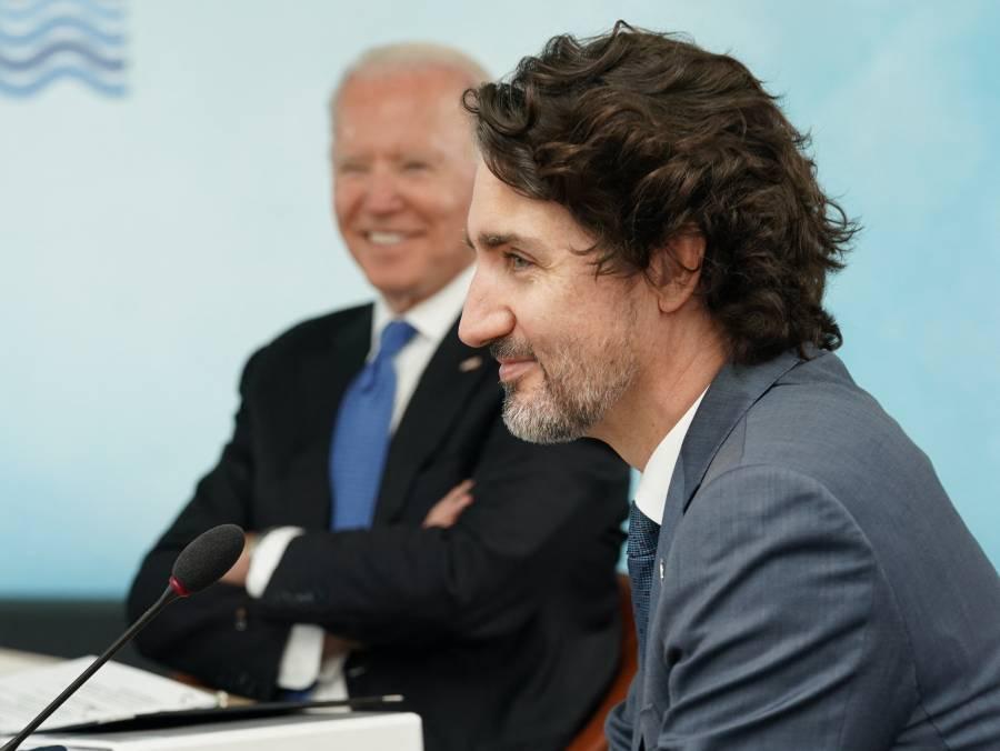 Biden acepta apostar con Trudeau sobre final de la liga de hockey sobre hielo