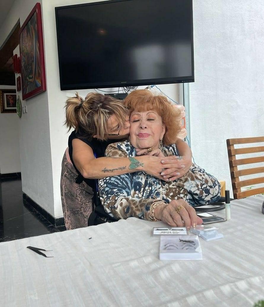 Silvia Pinal ya se encuentra en casa, tras ser hospitalizada