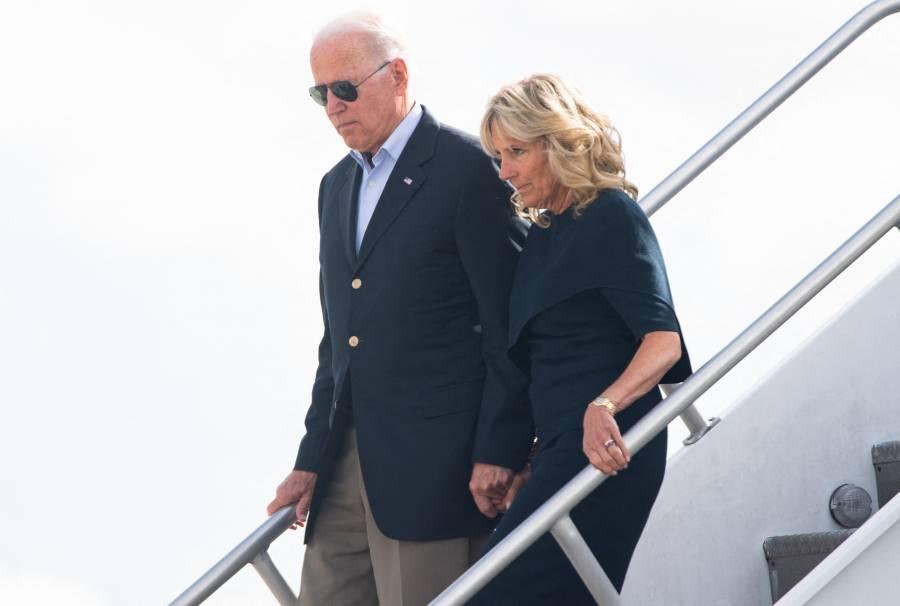 Biden viaja a Florida a acompañar a familiares de víctimas de edificio derrumbado