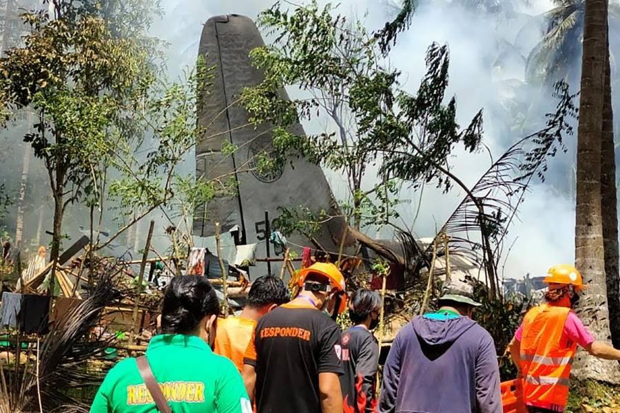 Accidente de avión militar en Filipinas deja más de 45 muertos