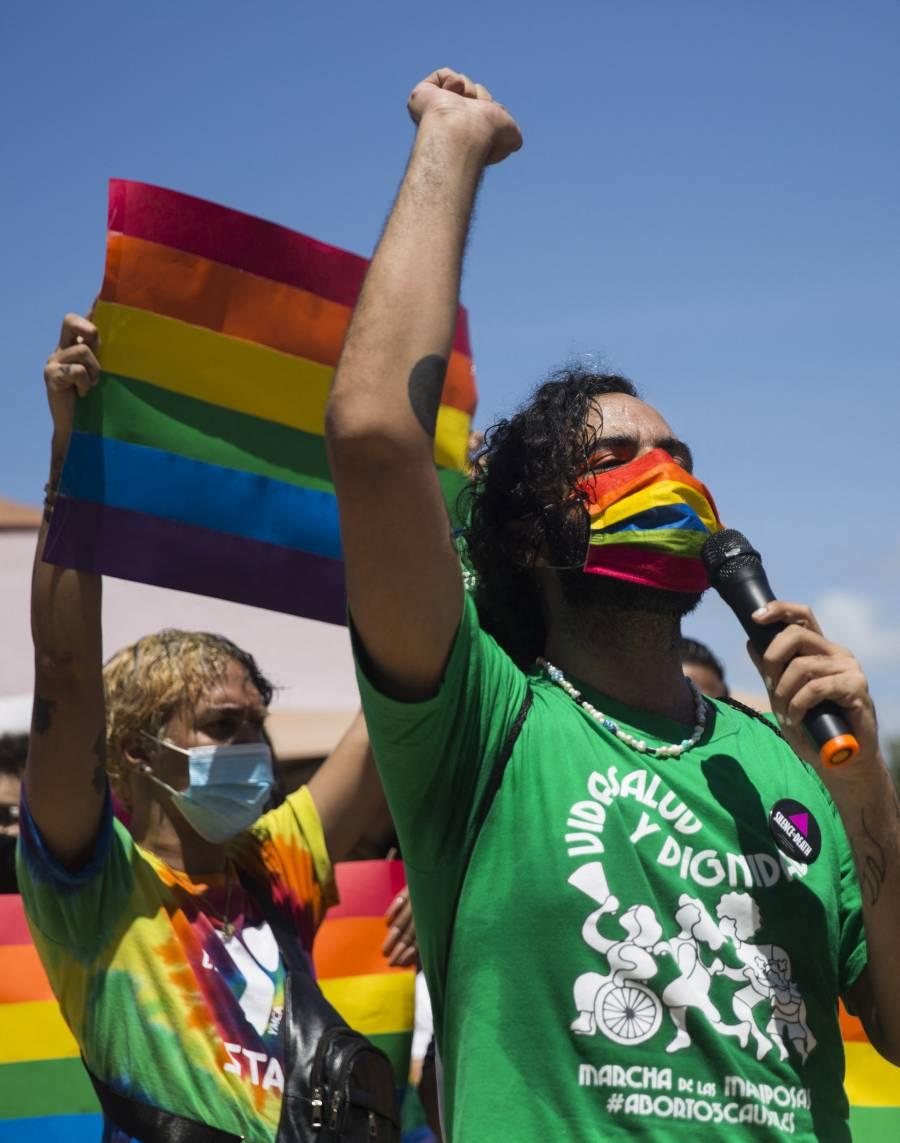 En España, causa conmoción el deceso de un joven homosexual tras golpiza