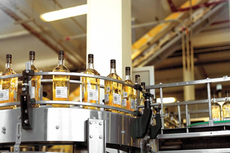 Mercado de EEUU ayuda a la recuperación de la industria tequilera nacional