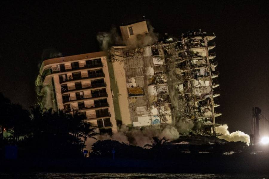 El edificio que colapsó en Florida finalmente fue demolido