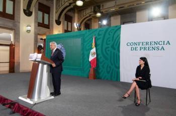 """AMLO celebra detención de Cárdenas Palomino; muestra de que """"ya no hay impunidad"""""""