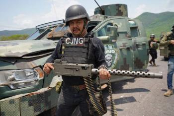 Desde Aguililla, Michoacán, el Cártel Jalisco Nueva Generación presume su poderoso armamento