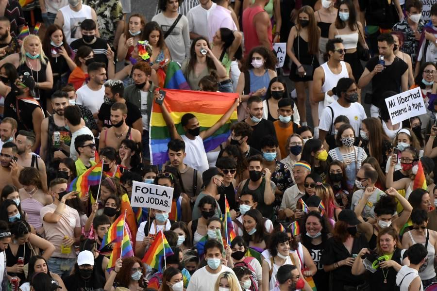 España: Tras el deceso de un joven homosexual por golpiza, hay tres detenidos