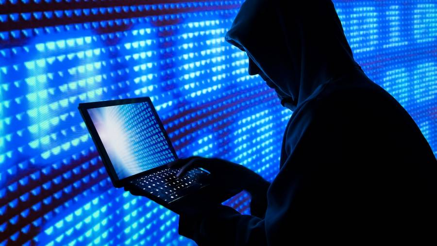Piratas informáticos reclaman 70 mdd en bitcoins