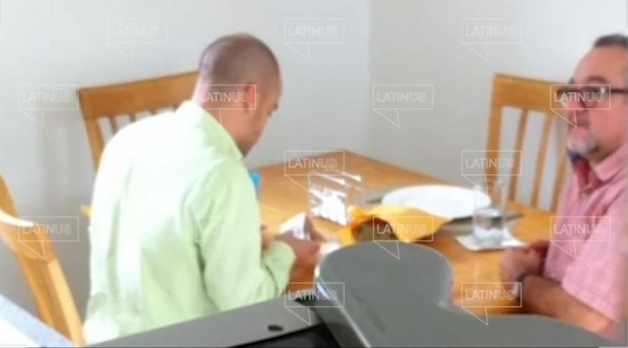 Nuevo video en el que otro hermano de AMLO recibe dinero en efectivo en época electoral