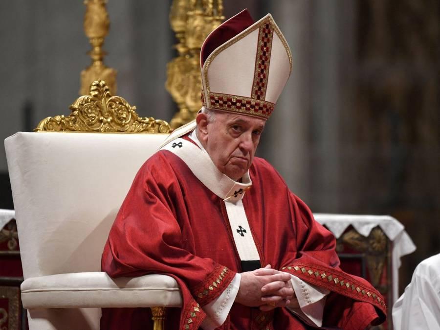 Papa Francisco condena