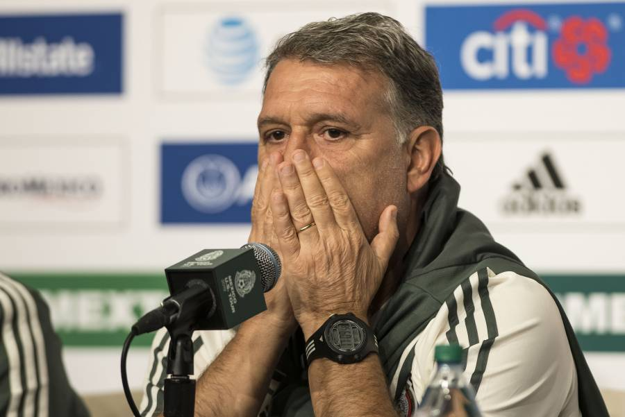 "Al ""Tata"" Martino le preocupa el sector defensivo"