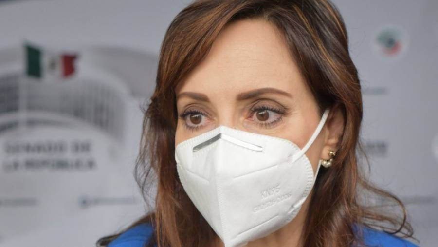 Lilly Téllez tacha a López Obrador de cobarde